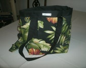 Free Standing Tote with Clip on Cell Phone Pouch