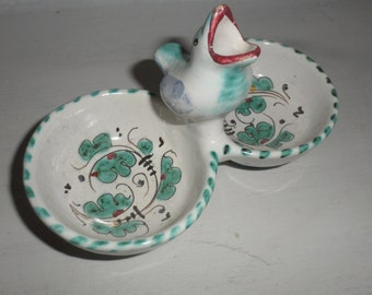 signed pottery  small bird opening mouth  beautiful  and so cute handpainted dish  ring holder condements  pottery dish