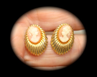 Tiny Vintage Cameo Gold Tone Earrings.