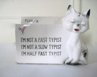 the typist - vintage 1960s ceramic SIAMESE Cat desk organizer - envelope & pen holder, FLORIDA souvenir - for the Crazy Cat Lady or coworker