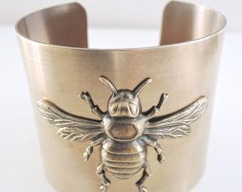 Vintage Bracelet - Bee jewelry - Cuff Bracelet - Vintage Brass Jewelry - Chloe Statement jewelry - Bohemeian Bracelet - handmade jewelry