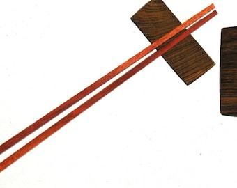 5 pairs of chopsticks