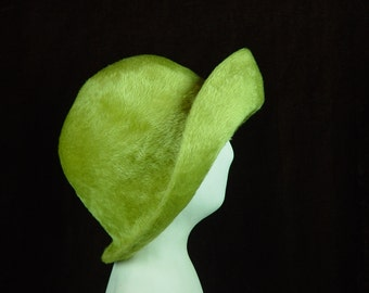 60s Hat Lime Green Vintage 1960s Peck & Peck Hat Switzerland Small 21""