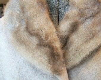 Vintage Blonde Mink Collar 1950's Wagenheim's Fur Salon Amsterdam, N.Y. Classic Accessory