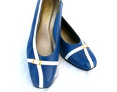Vintage Shoes Wedges Blue White Gold Buckle Navy Nautical Sailor Look Beach Ocean Summer SZ 7.5