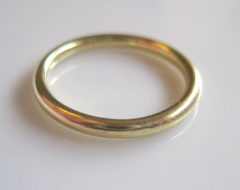 Vintage Comfort Style 18 Karat Yellow Gold Wedding Anniversary Stackable Simple Band