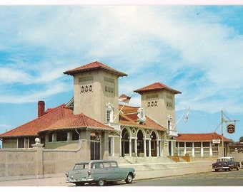 Massachusetts Postcard - Lynn Bath House - Retro Travel Souvenir - Retro Cars