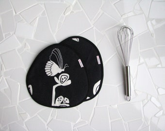 black rounded fabric potholders with butterfly print - mothersday gift or housewarming gift - black and white trivets - thick trivets