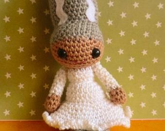Bride of Frankenstein pdf amigurumi crochet pattern for halloween