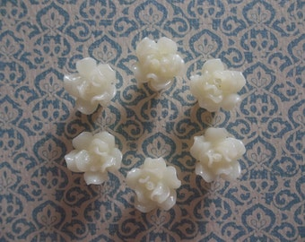 Ivory Cream Flower Flat Back 13mm X 16mm Beads or Cabochons - Qty 6