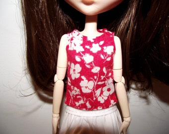 Red with white flowers tank top for pullip