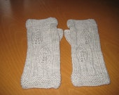 Hand Knit Women's Oatmeal Heather Fingerless Texting Gloves Wrist Warmers 100% Wool One Size Fits All Patterned Front Plain Back