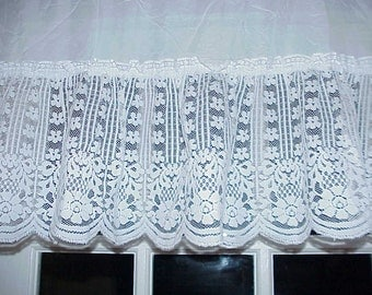Free Shipping..Vintage Victorian Style White Floral Lace Valance 58 inches Wide