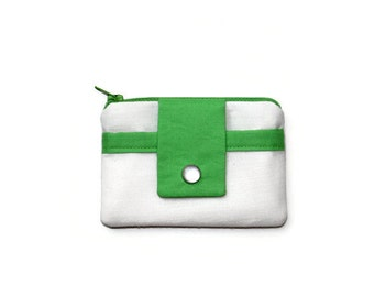 White Coin Purse with Shamrock Green, Pocket Wallet in Kelly Green, Card Holder, Small Zippered Wallet