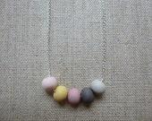 Multicolour Round Bead Si...
