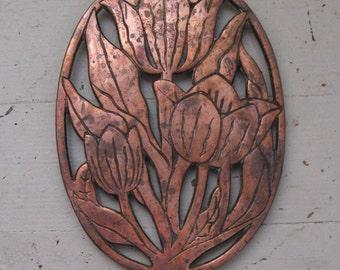 cast metal tulip trivet copper coated marble design 1982 french country rustic