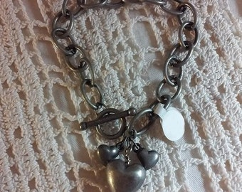 Hearts on Chain Bracelet
