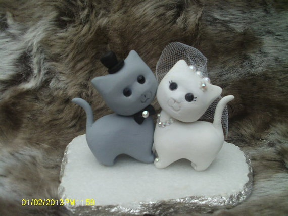 cat wedding cake topper