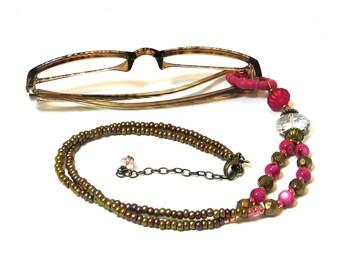 Gift for Reader Eyeglass Holder / Eyeglass Lanyard / Eyeglass Holder Necklace / Beaded Eyeglass Chain