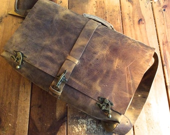 Large leather satchel, Handmade messenger Laptop satchel with inside sleeve and iPhone pocket, Oversized leather messenger work bag for men