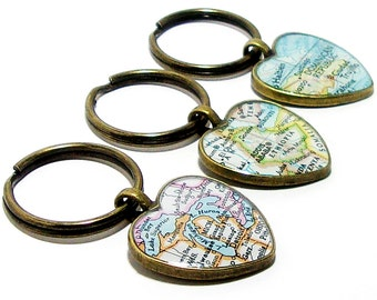 CUSTOM Heart Vintage Map Keychain. You Pick Any City, State, or Country In The World. One Map Keyring. Map Keyring. World Travel Keychain