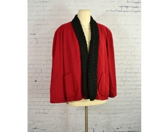 VINTAGE 1940's Swing Coat //  Dark Red Short Winter Coat w/ Black Curly Lambs Wool Fur Trim