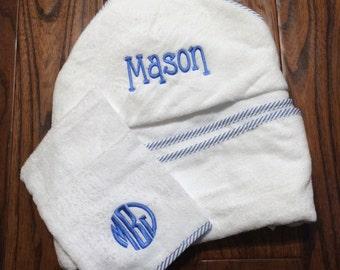 Hooded Towel and Matching Bath Mitt