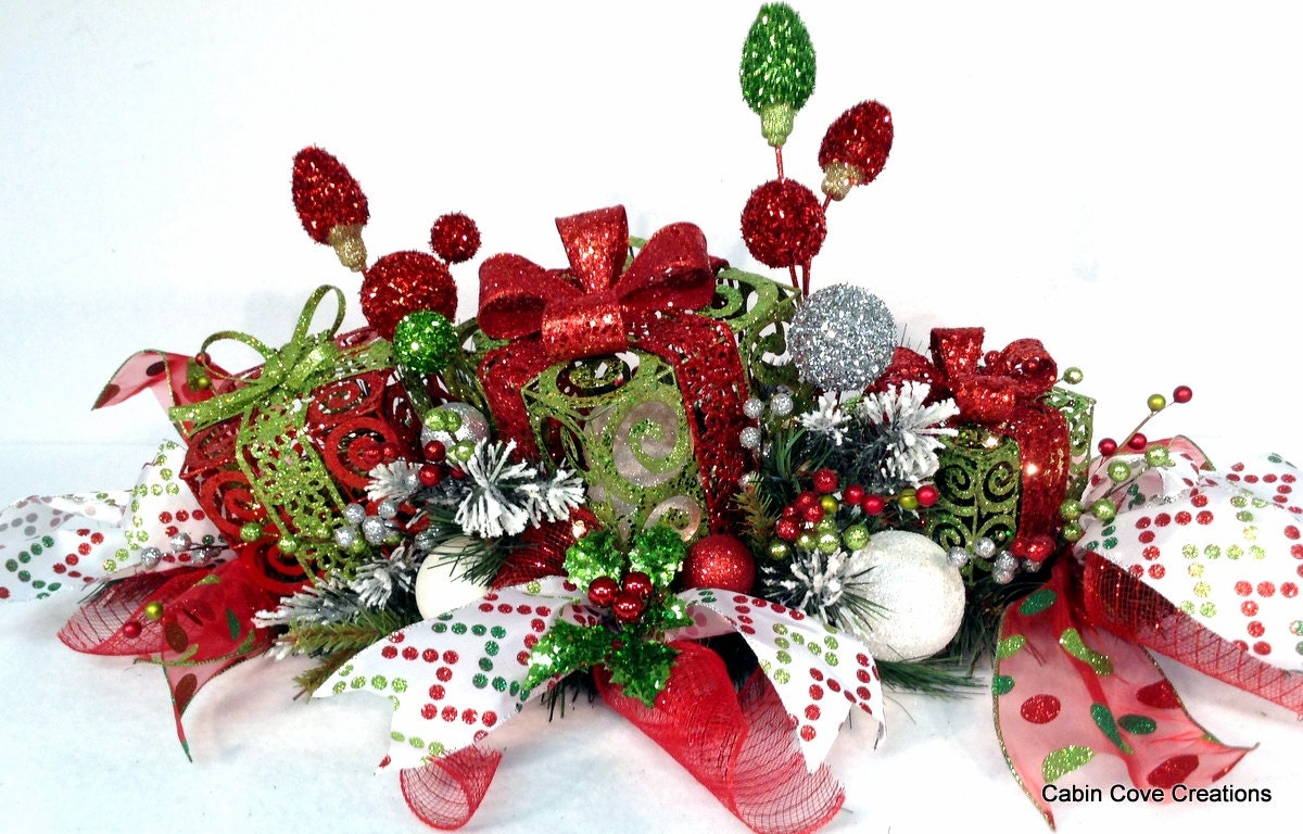 Christmas gift box centerpiece floral by cabincovecreations
