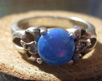 Vintage Sterling Silver Ladies Womens Ring with Blue Foil Opal Size 8 and Cubic Zirconiums