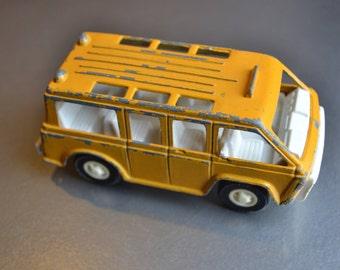 1970 Tootsie Toy- Van