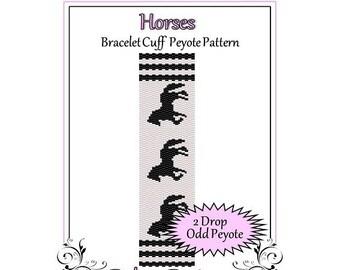 Bead Pattern Peyote(Bracelet Cuff)-Horses