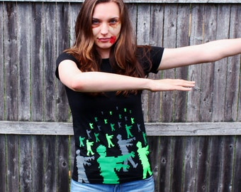 Zombie women's t-shirt medium 8 bit geek zombies shirt