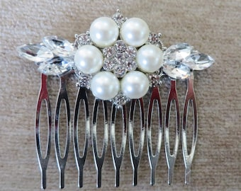 Birdcage Veil and a Pearl Hair Comb (2 Items)  Bridal Headpiece Rhinestone Bridal Comb Weddings Blusher Bird Cage Veil