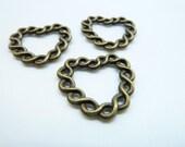 20pcs 21x21mm Antique Bronze Filigree Heart Circle  Charms Pendant c4347