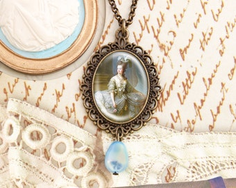 Marie Antoinette - Historical Necklace