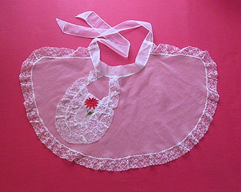 1950's Christmas Cocktail Apron / Hostess Apron / white with red Pointsetta on pocket