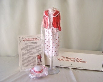 Vintage Princess Diana Royal Wardrobe Collection Red and White Polka Dot Suit DDU/11 NIB Danbury Mint Fits 14 Inch Doll ca. 1982