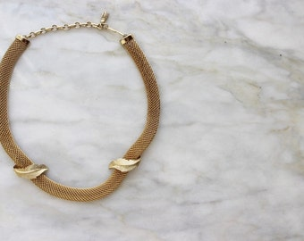 70s Gold Leaf Leafy Chain Necklace