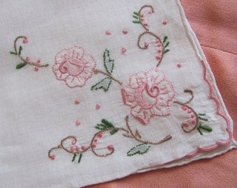 Lovely Vintage White Embroidered and Appliqued Hankie