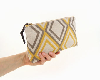 Geometric zipper pouch - Natural beige, mustard yellow and grey - Small clutch purse, Makeup bag, Gadget and pencil case - Gift for her
