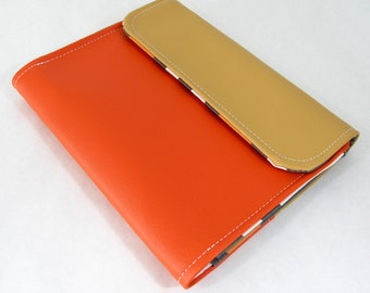 Vegan iPad Sleeve Tasca, Orange vinyl iPad case