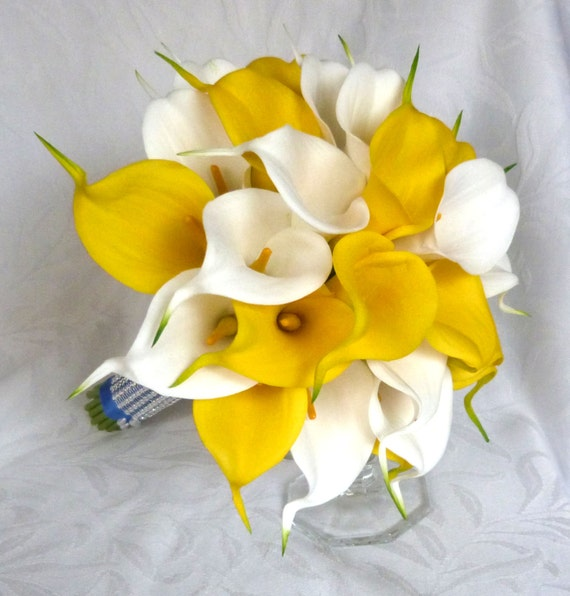 yellow calla lily wedding bouquet real touch white and yellow calla bridal bouquet yellow 1514