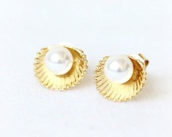 Pearl and Seashell Earrings / shell earrings, choose your color, gold silver