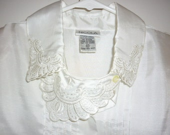 GARAGE Sale Stunning Ivory Nicola Blouse,Applique work,Secretary Blouse sz 12