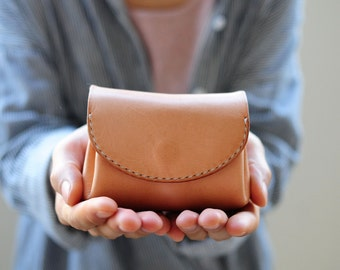 Artemis Leatherware Hand Stitched Leather Mini Wallet/ Purse/ Coin Case (Soft Leather) for women