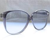 80s Lilac Sunglasses 1970's Oversize Sunglasses Round Light Purple Translucent Frame No Rx Non Prescription