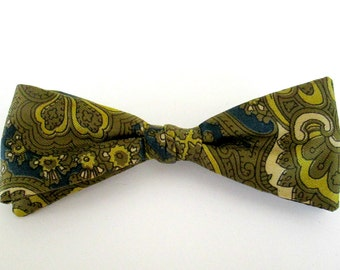 Silk Paisley Bow Tie  /  New Mid Century Vintage Clip On Bowtie