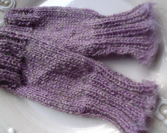 LILAC GLOVES / WRISTWARMERS, gold thread, handmade, knitting, fingerless