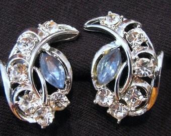 Vintage Lisner Earrings Blue and Clear Rhinestone, Lisner Clip on earrings