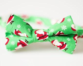 BoysChristmas Bowtie - Green with Santa - Baby Bow Tie